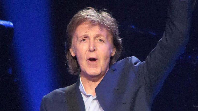"""Mesajul lui Paul McCartney de Crăciun pentru fanii săi: """"Nu faceți ca mine, nu vă îndopați cu mâncare..."""""""