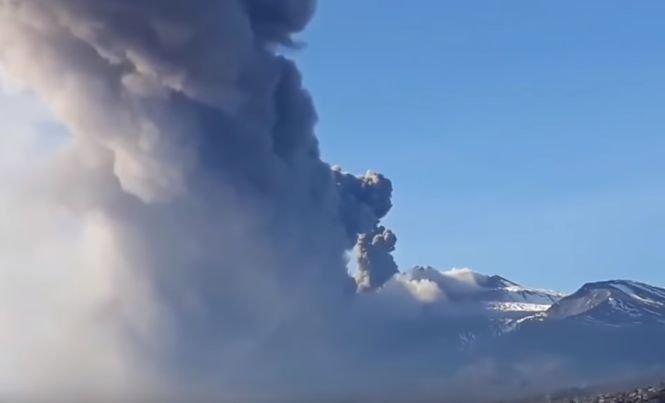 Sicilia a fost zguduită de un cutremur cu magnitudine 4,8, ca urmare a erupţiei vulcanului Etna