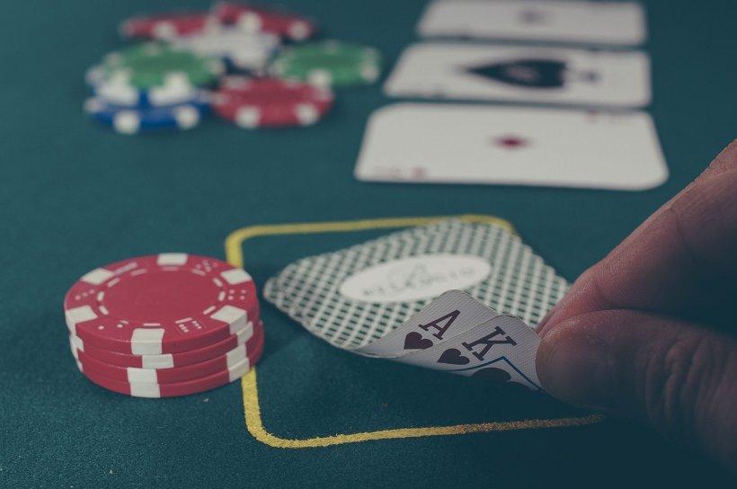Țara europeană care interzice jocurile de noroc