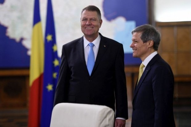 SONDAJ. Ce candidat al dreptei ați vota la alegerile prezidențiale? Îl bate Cioloș pe Iohannis?