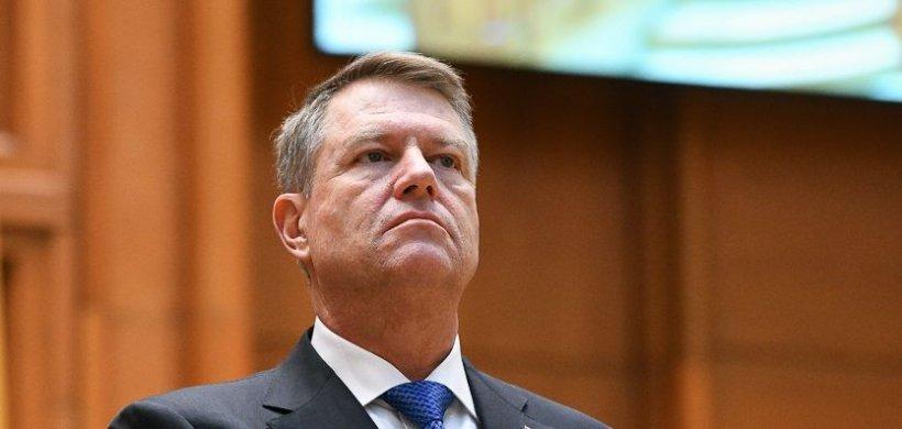 Klaus Iohannis a atacat la CCR modificările aduse Legii referendumului