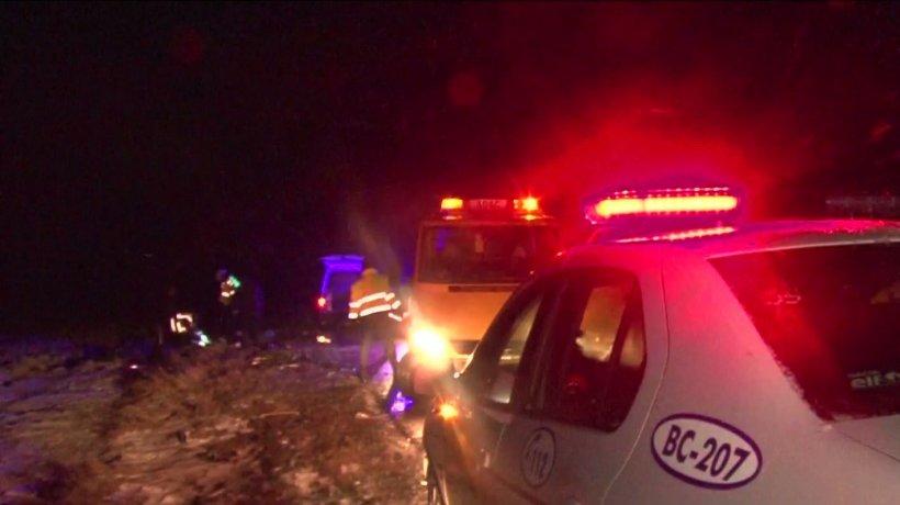 Tragedie în județul Bacău. Două persoane au murit, iar alte două sunt grav rănite după ce mașinile în care se aflau s-au ciocnit