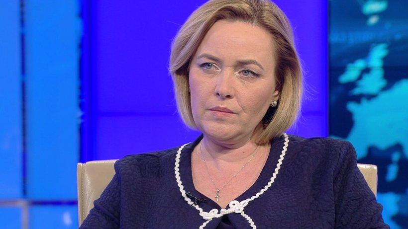 """Carmen Dan, atac dur la adresa lui Klaus Iohannis: """"Sunt dispusă să mă lupt cu oricine pentru a putea reforma Ministerul de Interne"""""""