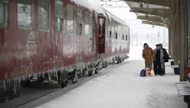 """CFR a lansat oferta """"Trenurile Zăpezii 2019"""". Reduceri mari pentru cei care merg la munte"""