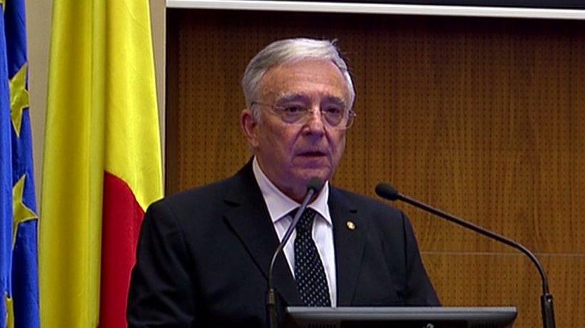 """Mugur Isărescu: ROBOR scade de vreo două luni, nu are nicio legătură cu """"taxa pe lăcomie"""""""