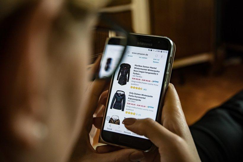 Vești bune pentru cei care fac cumpărături online. Dacă faci retur un produs, comerciantul de la care ai cumpărat este obligat să suporte costurile de transport