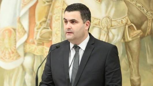 Ministrul Apărării, despre achiziţiile militare: Nu am avut niciodată divergenţe pe înzestrare. Stau extrem de liniştit