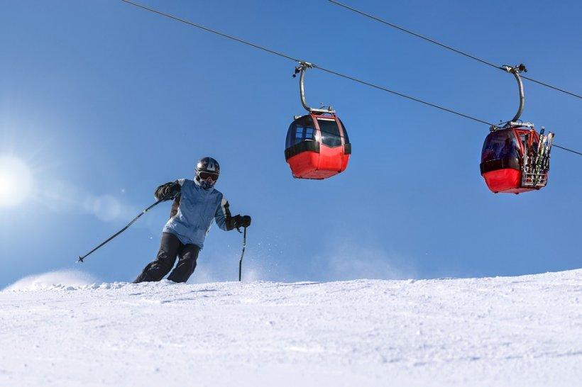 Se deschide o nouă pârtie de schi în România. Cât costă un ski-pass de o zi