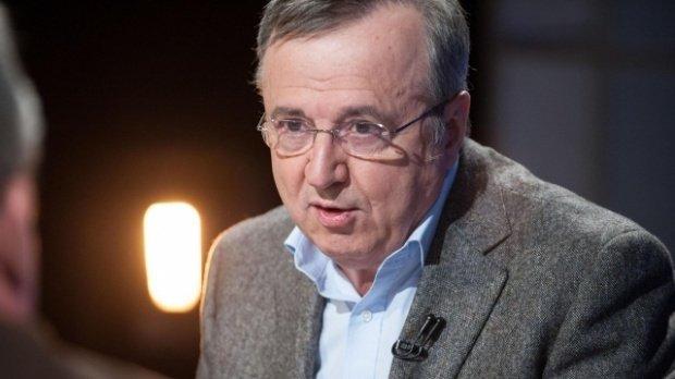"""Iohannis acceptă în ultima clipă să vină la Ateneu. Ion Cristoiu: """"Ar fi fost o sfidare adusă lui Juncker"""""""