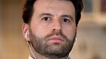 El este românul care a tradus discursul lui Donald Tusk