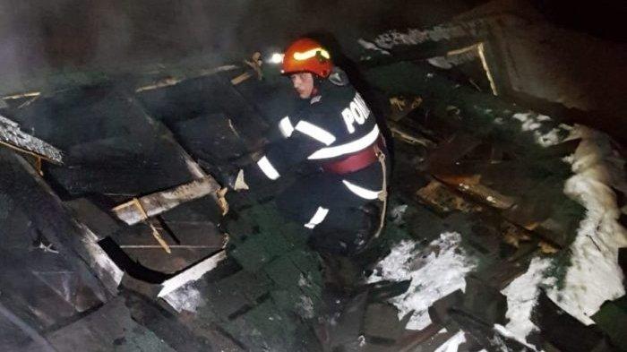 Incendiu puternic într-un restaurant din Alba! Zeci de persoane se aflau înăuntru