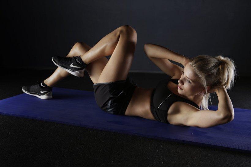 Sfat de Sănătate. Exerciții fizice pentru un corp de invidiat. Cum ajungem la pătrățele