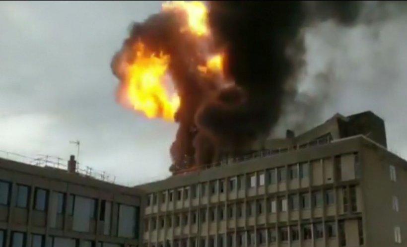 Explozii puternice la o universitate din Franța - VIDEO
