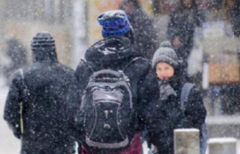 Vremea rea închide școlile din mai multe județe. Elevii vor rămâne acasă! Anunțul făcut de autorități