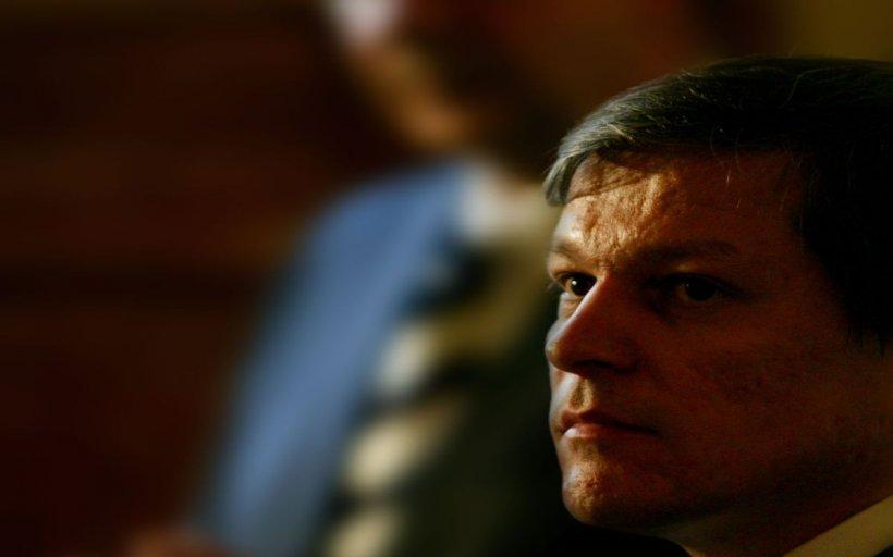 Istoricul Marius Oprea: Eminența cenușie din spatele partidului lui Dacian Cioloș este anchetatorul meu de la Securitate