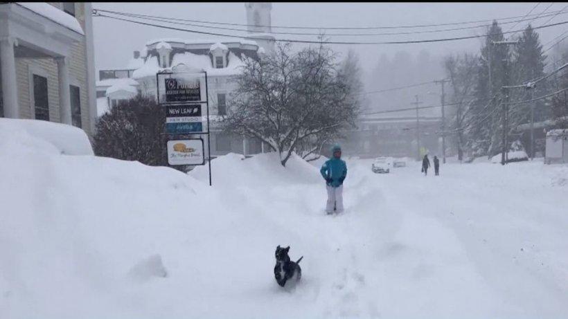 O furtună de zăpadă de proporţii a lovit Statele Unite ale Americii