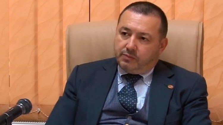 Un deputat PSD anunţă că va propune suspendarea Președintelui, pentru ca altcineva să semneze în locul său
