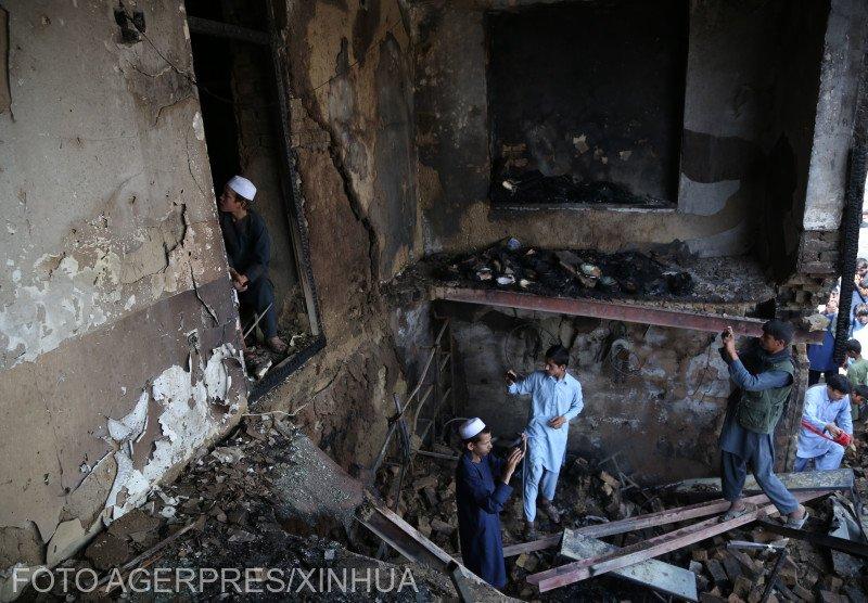 Atac armat cu peste 100 de morţi, în Kabul. Este unul dintre cele mai sângeroase