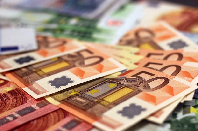 CURS VALUTAR. BNR anunță ce se întâmplă cu explozia cursului valutar