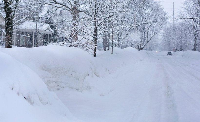 România lovită de vreme extremă. Cod galben de ninsori în 26 de judeţe și în București, până sâmbătă după-amiaza