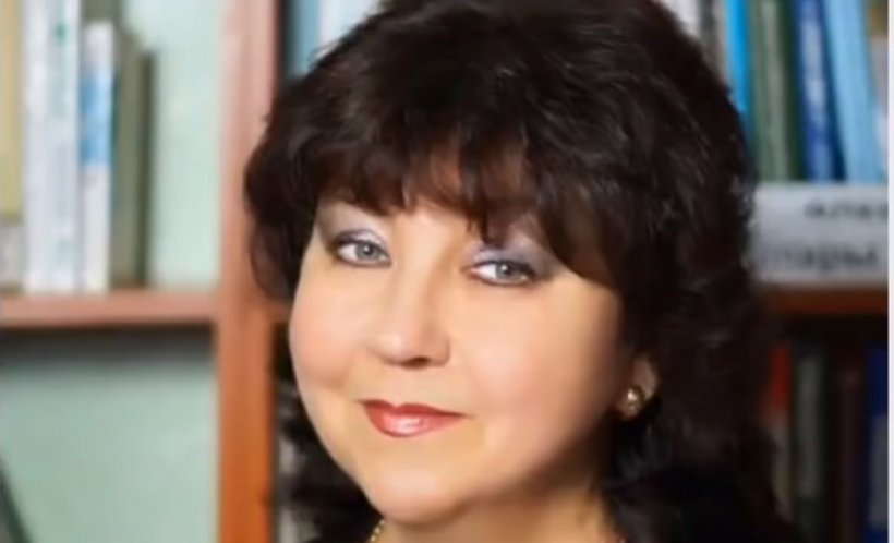 Doliu în lumea muzicii! O cântăreață cunoscută a murit după ce a suferit atac de cord pe scenă