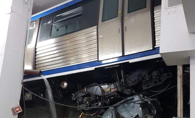 Răsturnare de situație în cazul metroului care a deraiat și a rămas suspendat la doi metri. Trenul ar fi accelerat singur