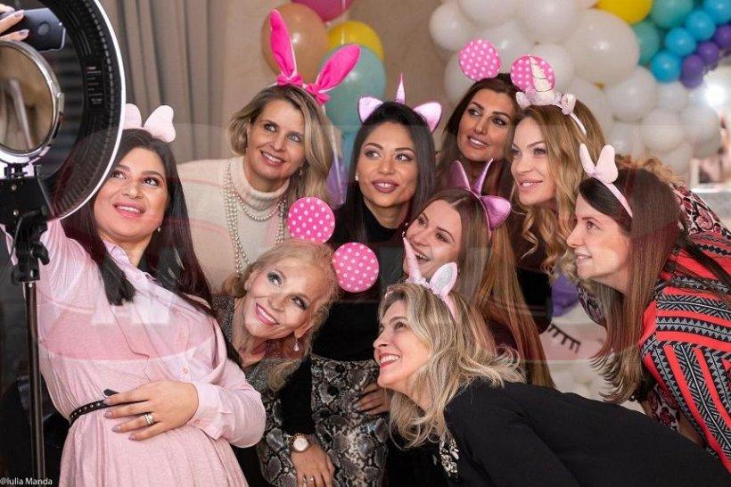 FOTO / Valentina Pelinel, baby-shower cu fast! A început numărătoarea inversă în familia Borcea, până la nașterea gemenelor