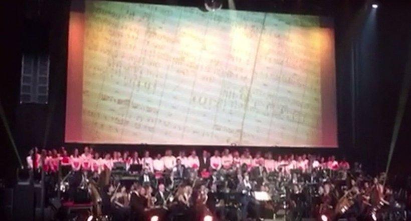 Un muzician român a cucerit Parisul. E supranumit compozitiorul celor 500 de coloane sonore