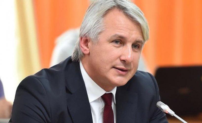 """Eugen Teodorivici, reacție după ce Mugur Isărescu a refuzat să vină în Parlament: """"Este în sală. Nu este în sală?"""""""