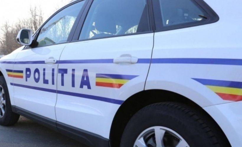Hoții au furat seiful unei primării din Arad, în care se afla o avere. Poliţiştii îi caută pe tâlhari