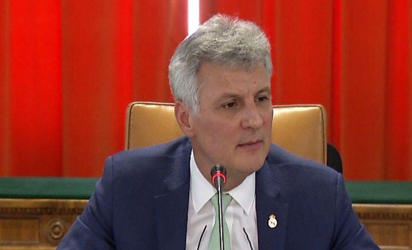 Conflict uriaș: Parlament - BNR - Consiliul Concurenței. Dezvăluirile senatorului Daniel Zamfir