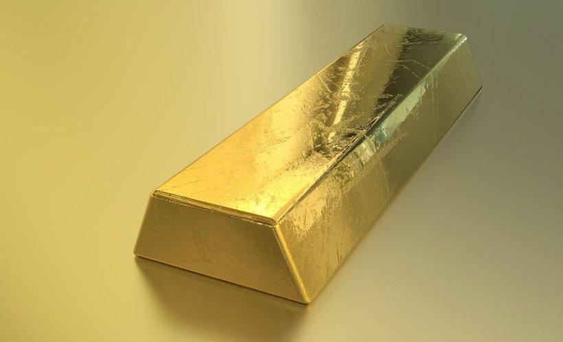 Aurul a ajuns la cel mai mare nivel din aprilie 2017