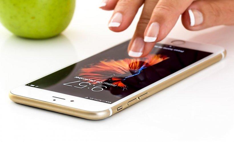 Mare defect la Iphone-uri! Aveți mare grijă, puteți fi ascultat fără să vreți