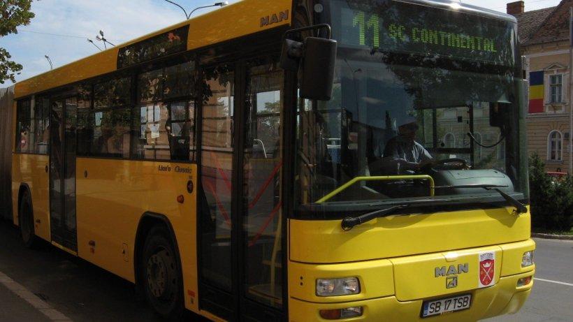 Vlad din Sibiu abia se urcase în autobuzul 11, când ceva de-a dreptul ireal s-a petrecut. Oamenii nu știau cum să coboare mai repede din mijlocul de transport în comun (VIDEO)