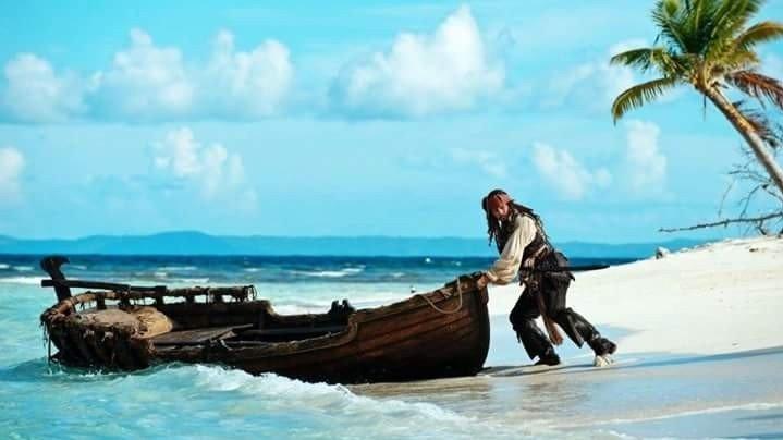 """Actorul Adam Brown, din """"Pirații din Caraibe"""" și """"Hobbitul"""" vine la București, la East European Comic Con"""