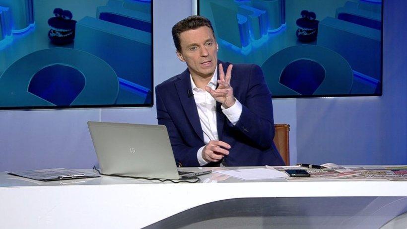 """Mircea Badea: Ce face un """"tâşt-bâşt'' când prinde un microfon prima dată în viaţa lui? Vorbeşte despre Antena 3 şi despre noi!"""