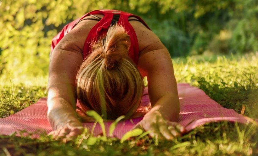 Sfat de sănătate. Cum scăpăm de stres cu yoga și pilates