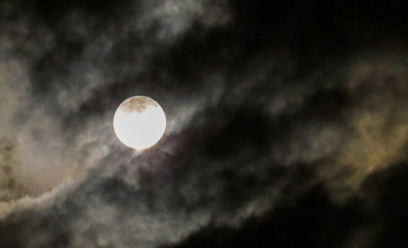 O nouă lună a fost descoperită în sistemul nostru solar