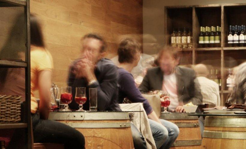 """Alcoolul produce schimbări dramatice în creier: """"Sunt afectate memoria, judecataşi viziunea"""""""