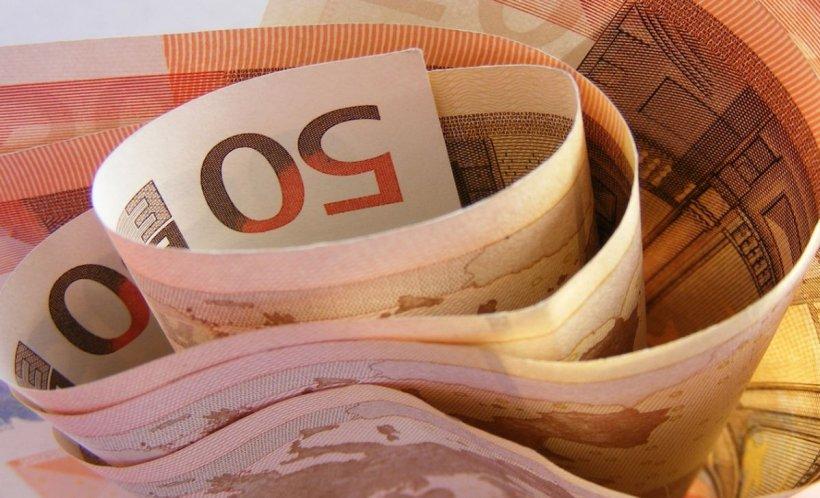 Șoc pe piața valutară. Euro explodează din nou! Se apropie de maximul istoric din ianuarie