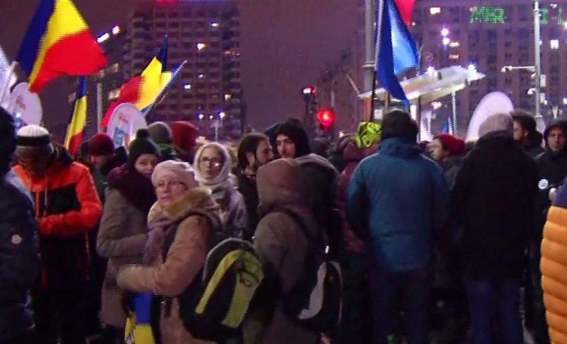 Protest împotriva Guvernului în Piața Victoriei