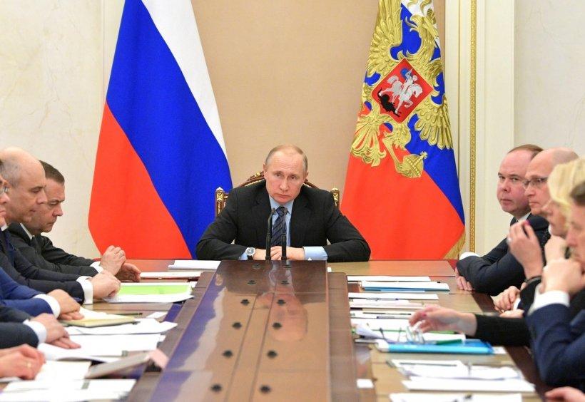 Sinteza zilei. Vladimir Putin amenință direct România