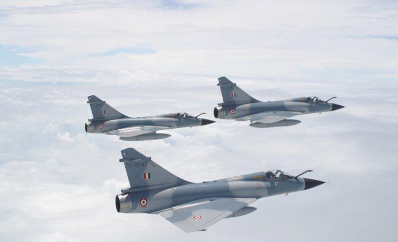 Pakistanul a doborât două avioane de luptă indiene
