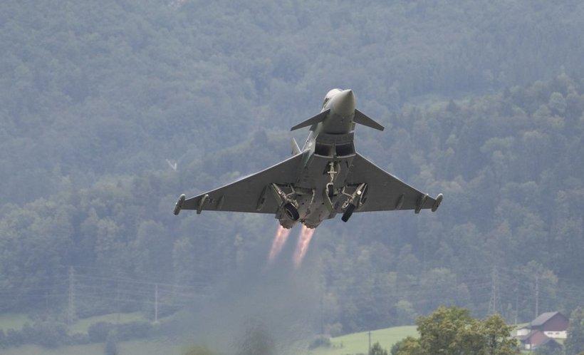 Tensiunile dintre India și Pakistan continuă. Două avioane indiene au fost doborâte în regiunea Kashmir
