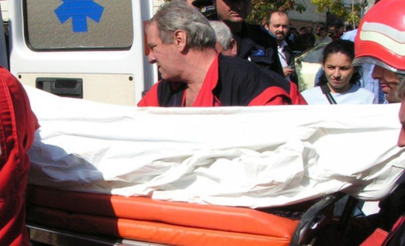 Un tânăr din Buzău s-a tăiat la gât în plină stradă, în fața unei biserici!