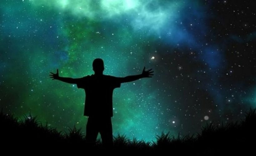 HOROSCOP 1 MARTIE. Zodia care primește o șansă uriașă! Își poate îndeplini un vis măreț!