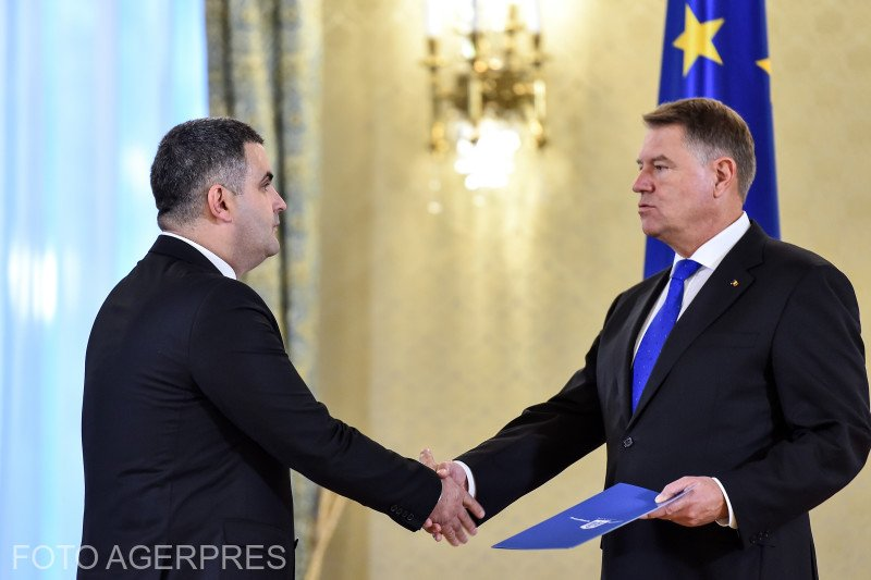 Ministrul Apărării, apel la președintele Klaus Iohannis