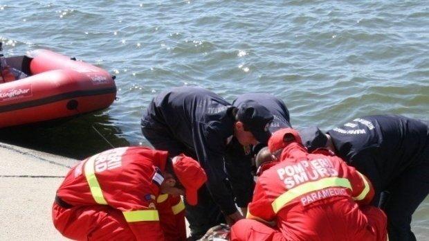 Un bărbat s-a înecat într-un lac după un pariu de 100 de lire