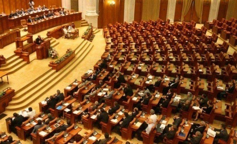 Conflict politic fără precedent între PNL și USR