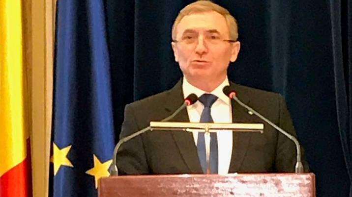 Augustin Lazăr cere CSM să sesizeze Curtea Constituțională pe modul în care Guvernul a modificat legile justiției
